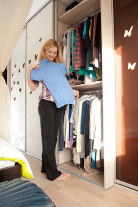 Kleiderschrank © Petro Feketa - Fotolia.com