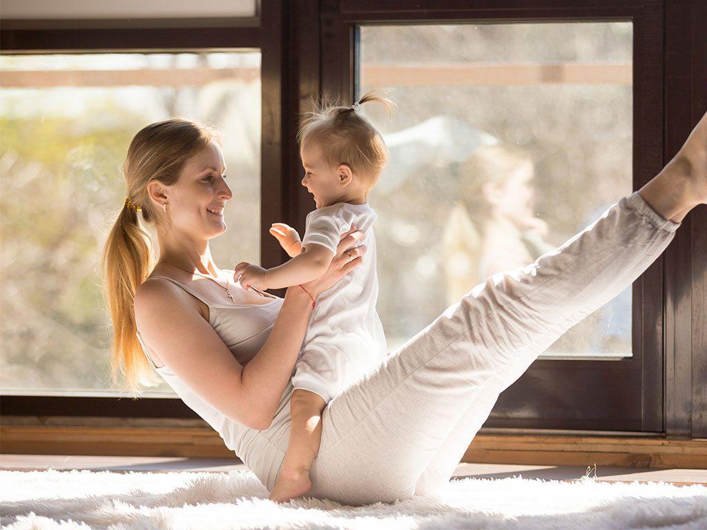 Rückbildungsgymnastik mit Kind